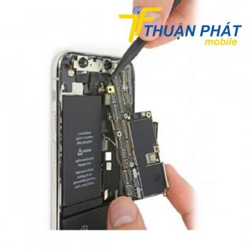 thay-ic-nguon-iphone-11